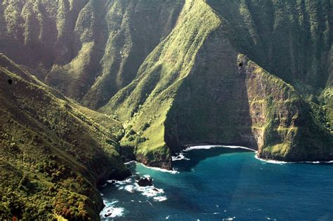 top 10 places to visit in us 10 best places to visit in the us 2 the hawaiian islands samsword
