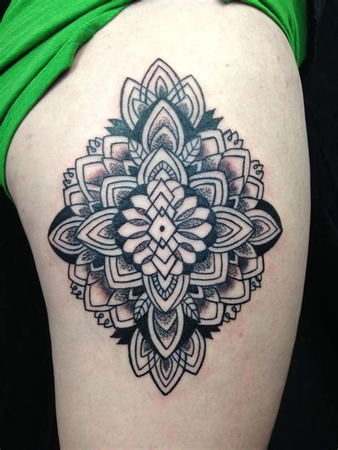 henna tattoo wie lange 152 best moonlight tattoos images on moonlight