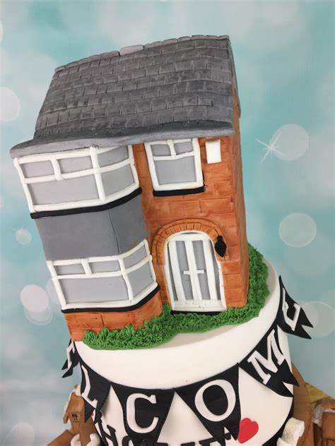 welcome home house cake this cake was made as a welcome home cake mel s amazing cakes