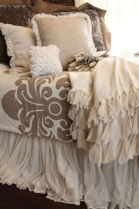 tan ruffle comforter 25 best ideas about dust ruffle on pinterest diy bed