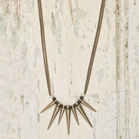 Kalung Multi Spike Charm multi spike necklace altiplano