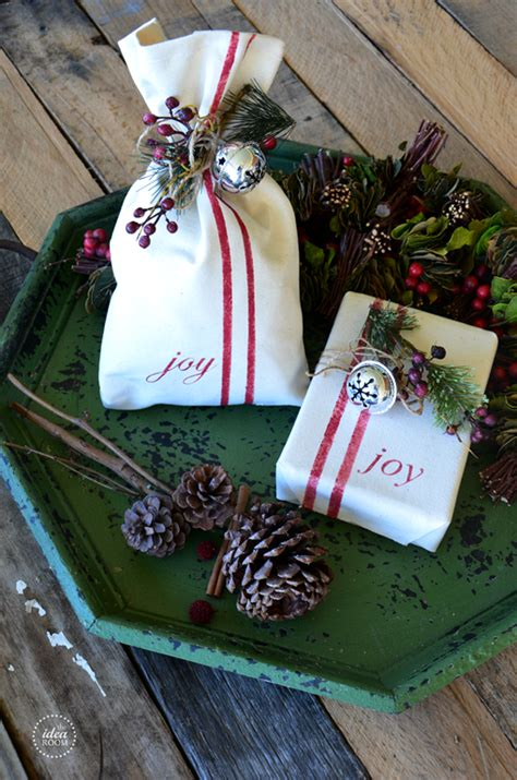 creative ways to wrap christmas gifts creative gift wrap the idea room