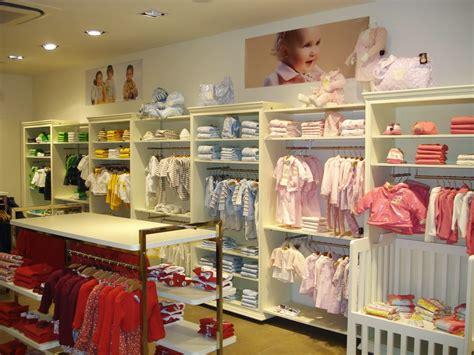 charanga nueva era caminando entre sonrisas trabajar en una tienda de ropa