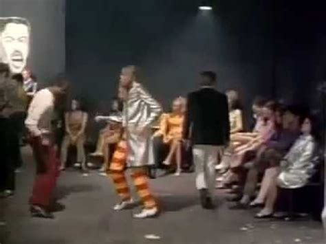 film blow up youtube the yardbirds stroll on from the movie blow up 1967