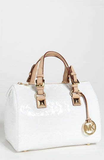 Gadget Of The Day A Must Designer Handbag by Best 25 Name Brand Handbags Ideas On Brand