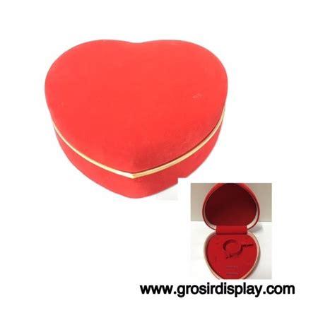 kotak tempat perhiasan merah list gold grosir display