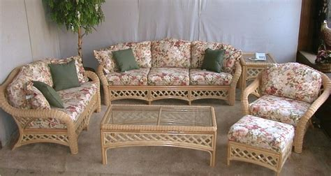 wicker sectional sofa indoor indoor wicker sofa and loveseat sofa menzilperde net