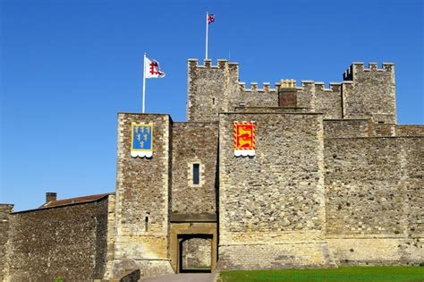 curtain wall of a castle palace gate inner curtain wall dover castle kent