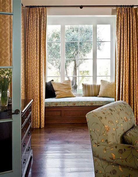 Design Ideas For Bedroom Windows Bedroom Decorating Ideas Window Treatments Traditional Home