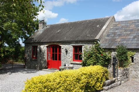 self catering cottages fuchsia farm cottages tipperary ireland