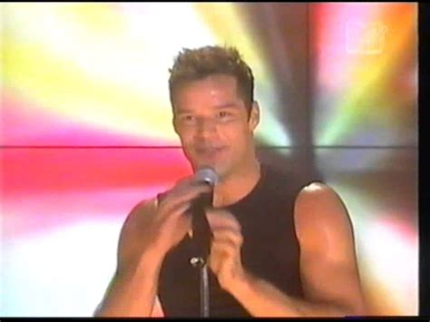 Ricky Martin Shows Footage Of Himself ricky martin 15 min nonstop 1 clearly this is
