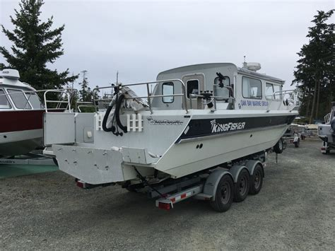 kingfisher boats for sale vancouver island 2014 kingfisher 2825 excursion package deal pending