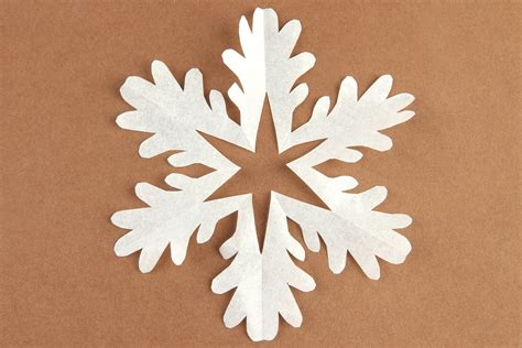 Snowflakes Paper - 5 recycled decorations