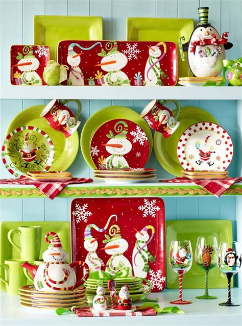 25 unique christmas dinnerware ideas on pinterest