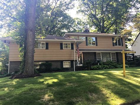 Hackensack House by 680 Summit Ave Hackensack Nj For Sale 513 800 Homes