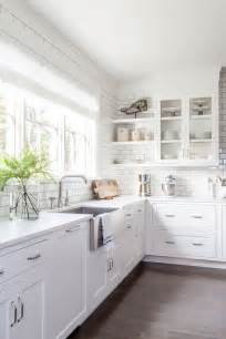 white cabinets best 25 white kitchen cabinets ideas on