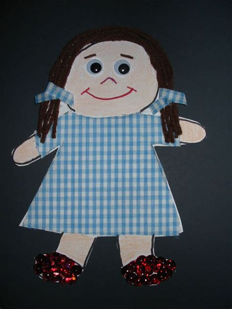 wizard crafts for 4 kindergarten crafts for the wizard of oz create dorothy