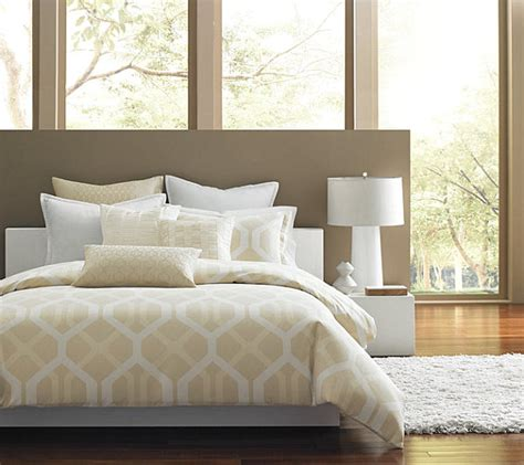 contemporary bedding ideas luxury bedding in a modern bedroom