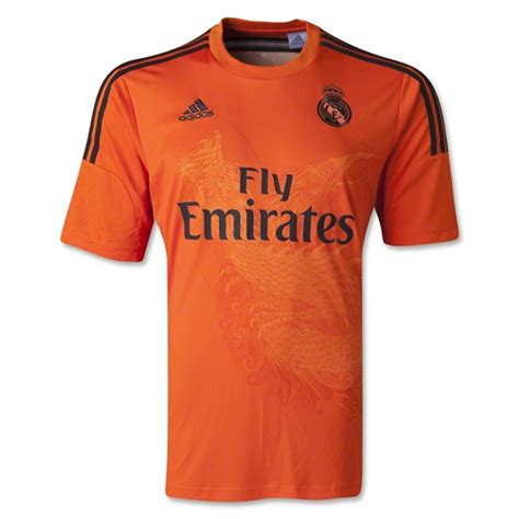 Jersey Real Madrid Hitam 201415 new real madrid kits 14 15 adidas real madrid home fuchsia away gk jerseys 2014 2015 football