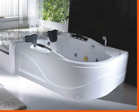 bathtub with jacuzzi jets 2 person jetted bathtub c007b white best for bath