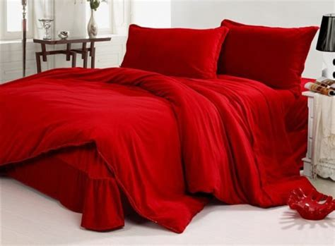 red bed romantic valentine s day ideas for bedding hometone