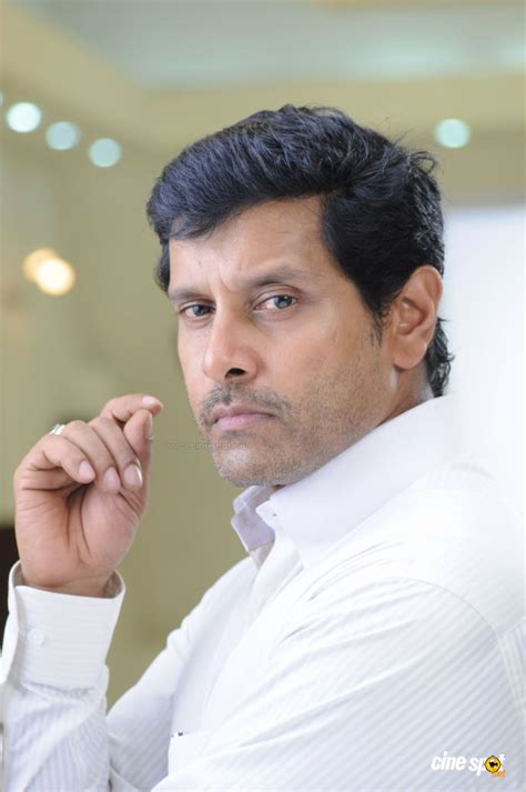 Tamil Actor Vikram Family Photos Picture And Images