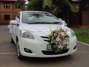 wedding car decorations get a fantastic wedding car decoration right here flowerboutique