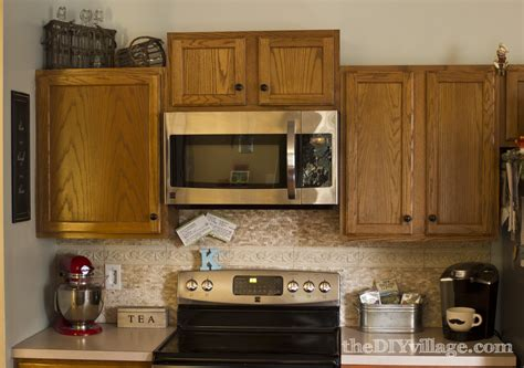 kitchen tile designs behind stove deductour com split face travertine tile backsplash the diy village