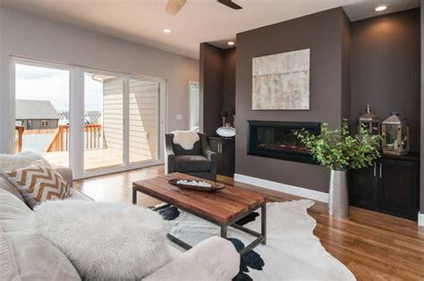 braune wandfarbe wohnzimmergestaltung wandfarbe alle ihre heimat design