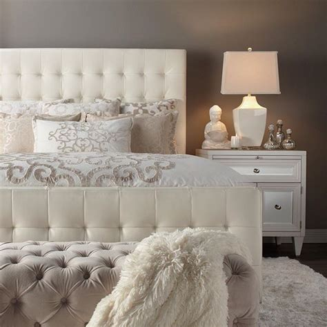 cream and white bedroom best 20 cream bedroom furniture ideas on pinterest