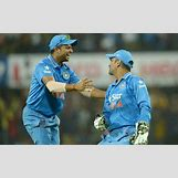 Suresh Raina And Ms Dhoni | 640 x 400 jpeg 36kB