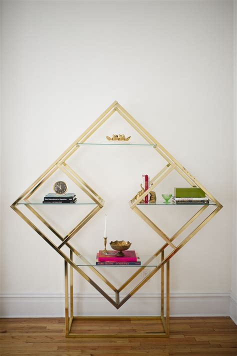 Geometric Shelves ? Simple Yet Eccentric and Great For