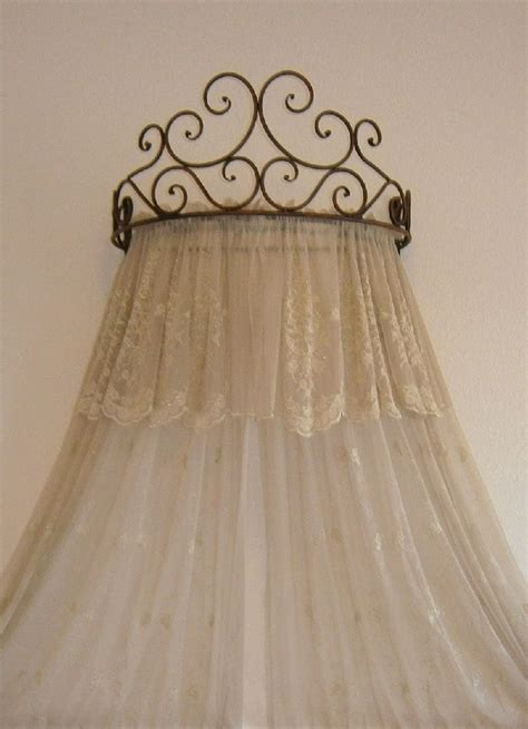 Wall Mounted Bed Canopy 25 Best Ideas About Curtain Bed On Curtain Rod Canopy Curtain Ideas And
