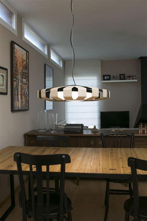 lamparas de techo  comedor luz  se siente