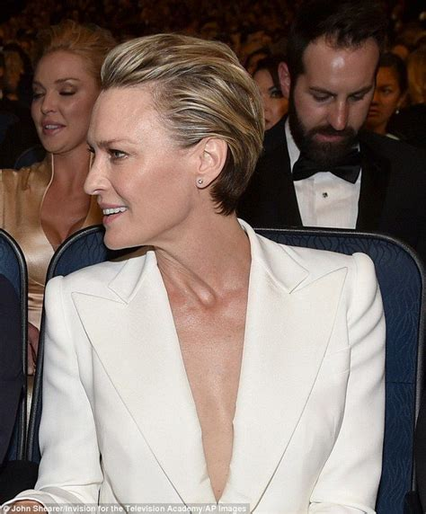 robin wright s hair color change in house of cards 86 best short haircuts images on pinterest hair cut