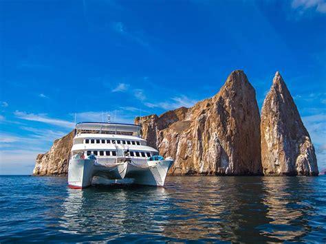 galapagos catamaran reviews galapagos catamaran tip top ii first class cruise