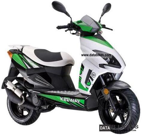keeway  moped version  km