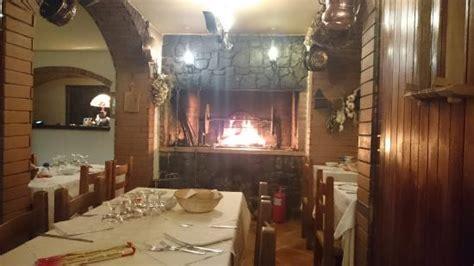 il camino ristorante il camino nel ristorante foto di hotel due ponti