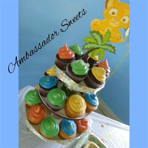King Baby Shower Cupcakes by King Cupcakes For Baby Shower