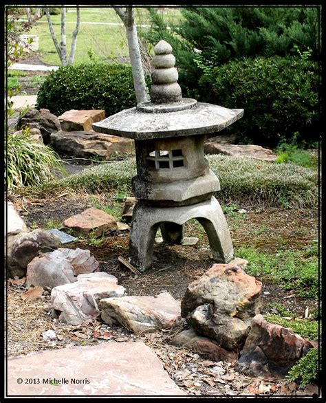 Japanese Garden Lantern by The Gallery For Gt Japanese Garden Lanterns