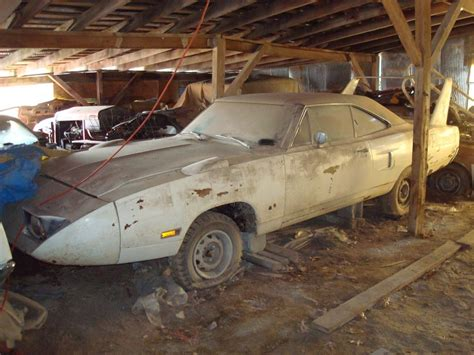 find pictures of cars epic barn find in midwest superbird talladega charger