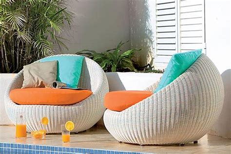 Patio Furniture For Big And by What Need To Notice When Selecting The Right Modern