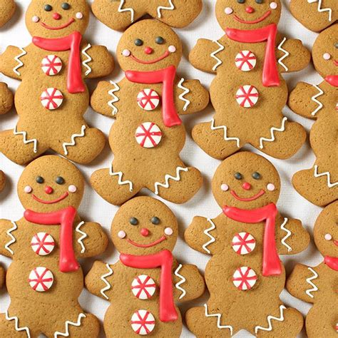 gingerbread cookie decorating ideas images of decorated gingerbread cookies gingerbread