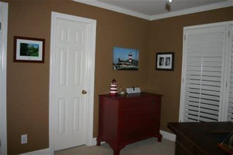 wall paint color new chestnut by behr one step from burnt almond on the paint