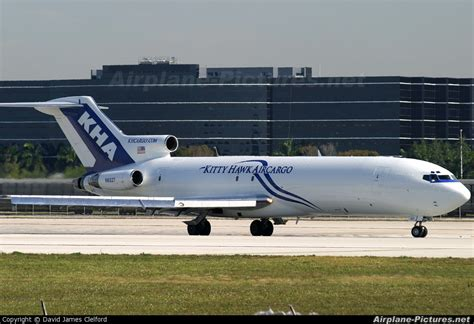 n6827 hawk air cargo boeing 727 200f at miami intl photo id 13596 airplane pictures net