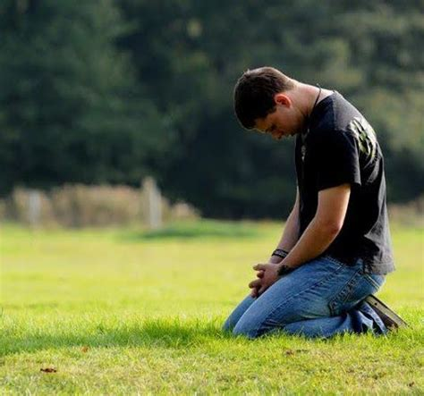 imagenes cristianas orando de rodillas jes 250 s y los pecadores padre raniero cantalamessa
