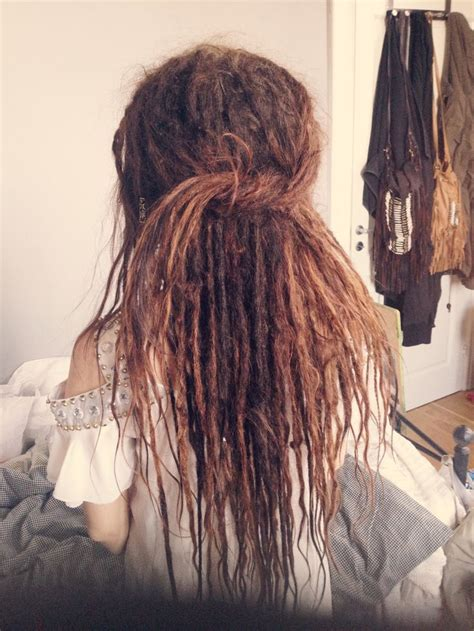 tiny dreadlock pictures best 25 thin dreads ideas on pinterest dreadlocks girl