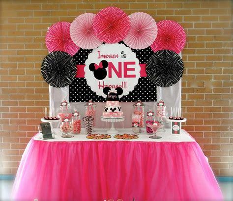 Ee  Minnie Ee    Ee  Mouse Ee   First  Ee  Birthday Ee    Ee  Party Ee   Little Wish Parties