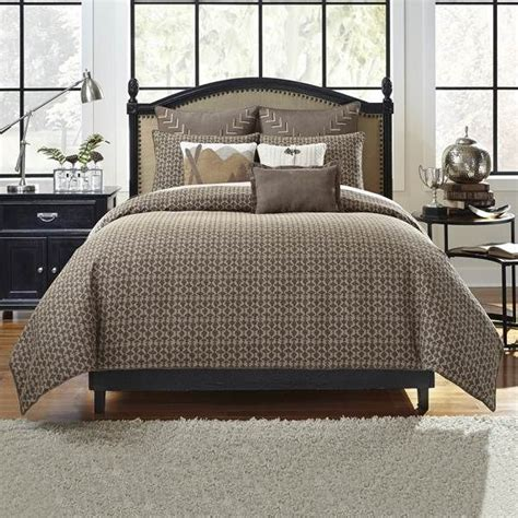 bed sets for guys 1000 ideas about masculine bedding on pinterest dark grey bedding rustic grey