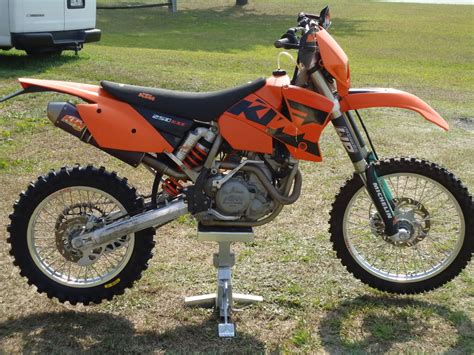2003 Ktm 250 Exc Specs 2003 Ktm 250 Exc Racing Pics Specs And Information